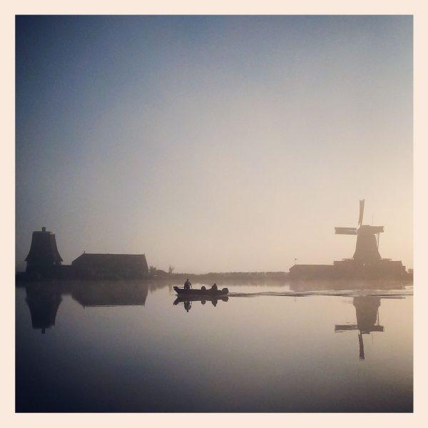 ML0030-zaanse schans in de mist - instagram- fotografie van Marjolein Lensink - fotografie - Zaansgroen